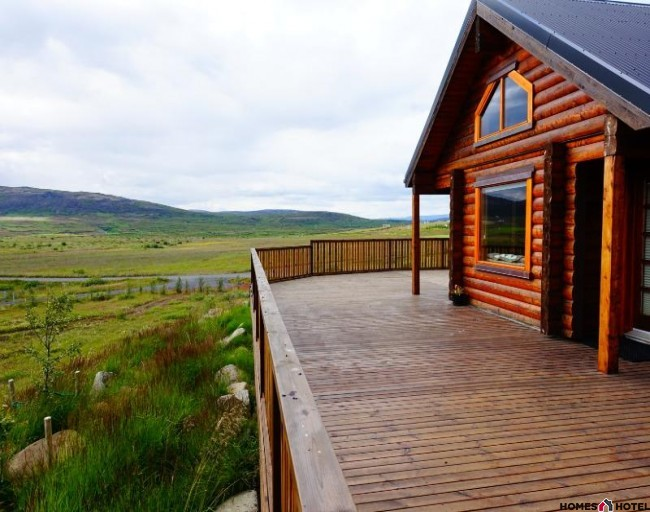 Cedar Log Cabin on the Golden Circle in Iceland