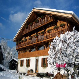 Luxury boutique ski chalet in Samoens, France